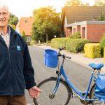 Zusteller mit Fahrrad